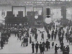 Glasgow Central Station concourse